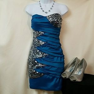Super sexy dark turquoise strapless mini dress